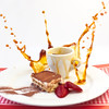 Splash & Tirami - Su (dongga BS) Tags: coffee square dessert essen sweet kaffee strawberries 11 tiramisu splash highspeed erdbeeren quadratisch nachtisch hausgemacht spritzer spritzen canoneos50d ef35mmf14lusm homemad coffesplash