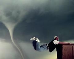 Tornado Warning (donchris!) Tags: portrait 3 selfportrait storm me myself shoe fly shoes do pants hose zapatos jeans cap sp converse tormenta trousers casquette pantalones tapa weeks tornado ich schuhe selbstportrait chucks buty mtze mouche scarpe 52 chaussures schuh scarpa czapka vaqueros tempesta pantalon fliegen semanas tempte calzado sturm volare volar tornade semaines burza tyg wochen pantaloni 352 cappuccio spodnie settimane dinsy lata butw
