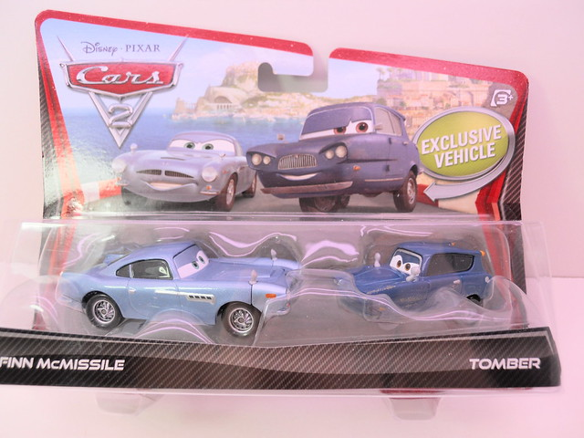 disney cars 2 movie doubles finn mcmissle tomber (1)