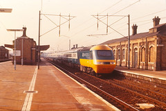 IC125 HST Unit passes Finsbury Park in early 1978 (philwakely) Tags: train diesel tail railway trains steam emu locomotive railways britishrail eastcoast finsburypark hst britishrailways dmu intercity125 multipleunit