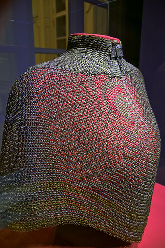 Saint Louis Art Museum, in Saint Louis, Missouri, USA - chain mail