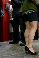 nopants09 (6 of 37) (ittoku.lee) Tags: park red hot cold st boston pants mit no harvard central freezing charles line creepy 09 sos improv davis porter 2009 everywhere alewife nopants mgh bostonsos eddriclee©allrightsreserved nopants09