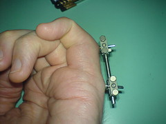 DSC00519 (thicky gangli flori) Tags: broken hospital finger doctor stupid bone fracture external anchors fixator