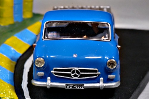 Mercedes Rennstransporter (by delfi_r)