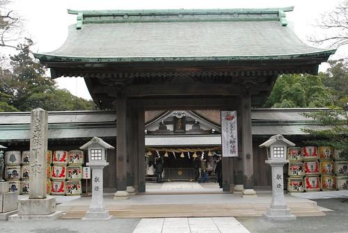 main gate (munakata taisha)