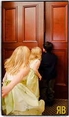 Everyone gets a peek. (Ryan Brenizer) Tags: door november wedding boston children nikon flash 2008 d3 gaywedding weddingphotojournalism 2470mmf28g jonandjeremy
