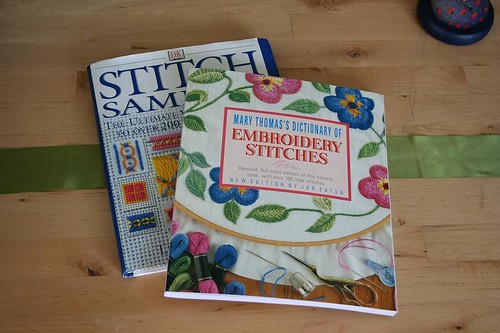 Stitch dictionaries