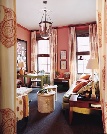 3269106757 5ac4f7951f o A few of my favorite pink rooms
