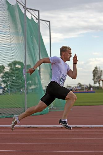 Matt Davies - 200m