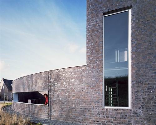 Modern House Design in Hoogeveen Netherland by Bureau B+O Architecten 03
