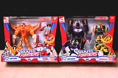 What a Steal!!!! (chanchan222) Tags: toys vinyl bumblebee transformers figures sunstorm autobot pvc hasbro decepticon ratchet morethanmeetstheeye shockwave danchan targetexclusive danielchan transformersanimated onlyattarget chanchan222 wwwchanofamericacom chanwaibun