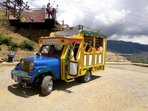 146.CamioncitoSubeYBaja