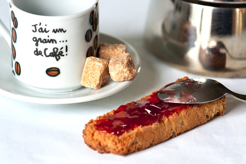 ♦ Café et tartine à la fraise ♦