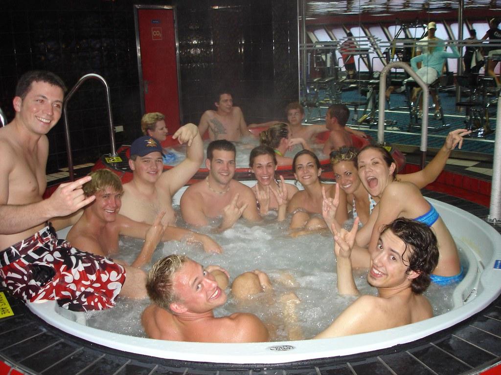 parties Hot tub sex