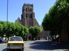 1977 Skoda 120 LS (Davydutchy) Tags: church netherlands car classiccar czech kirche oldtimer église kerk brabant skoda stgertrudis loonopzand geertruidenberg skodaclub demoer