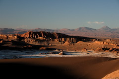 Valle de la Luna (flower_bee) Tags: chile travel mountains nature landscape rocks desert salt valledelaluna sanddune valleyofthemoon moonvalley atacamadesert oneofthedriestplacesonearth