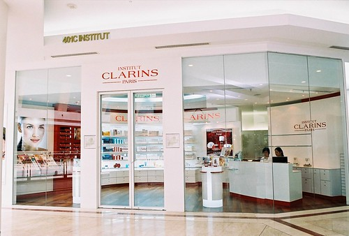 ic klcc - front entrance