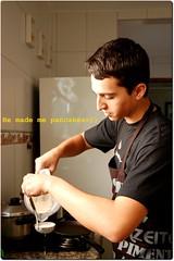 .nhammY (steph_ie) Tags: cooking pancakes greek nikon tiago katz grego panquecas sweetestthing katcipis stephaniebastos katzdafepha principebunitcinhoencantadobeijafephakatcipismumumumu