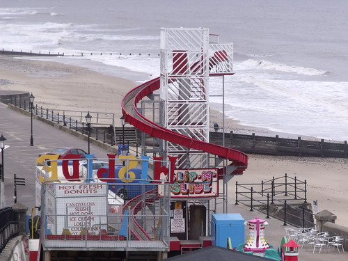 The sea and beach at Cromer - Slip-N-Slide - ride