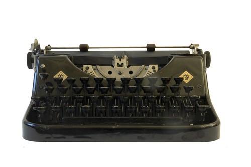 Mercedes Prima typewriter