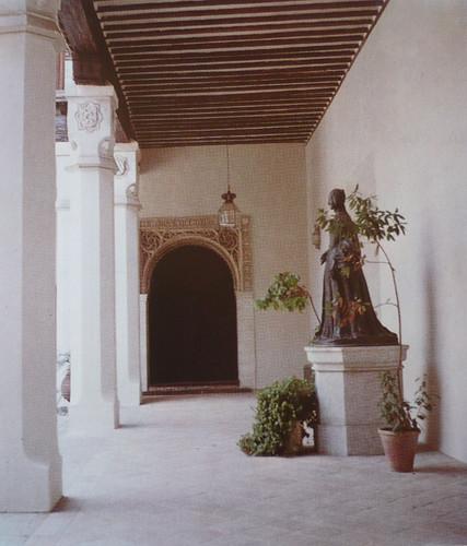 Palacio de Fuensalida en 1979. Frente con yeserías de la sala de la Emperatriz