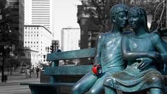 ... (C 2 La Posie [C2LP]) Tags: art love statue montral secret amour pomme amoureux