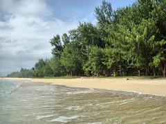 complete (job_earth) Tags: sea people seascape love beach nature loving landscape earth kind beaches seas