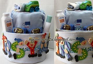 2tier personalize blueberry  diaper cake