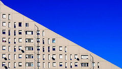 Decrescita (PegaPPP) Tags: blue sky italy house architecture composition flow happy 1 casa italia blu property graph down minimal diagonal cielo trend value palazzo costruzione felice architettura linea grafico pega diagonale composizione emblema sysmbol propriet decease andamento decrease valore derivata