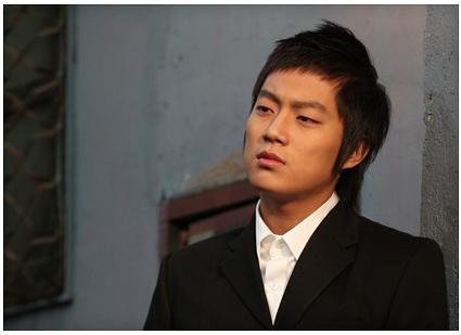 Yoon Doo Joon. DOB: July 4, 1989. Height: 180 cm. Weight: 67 kg