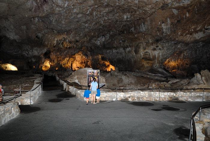 DSC_2851main-cave