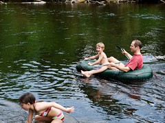_1050692 (Feinkostabteilung) Tags: camping eifel rur abenden