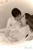 Felizes² (Fabiana Velôso) Tags: 2 ensaio retrato amor carinho beijo felicidade barriga alegria casal filhos gravidez sépia gestação gêmeos fabianavelôso