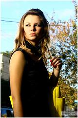 Voyer - Modelo - Lely (BRUNOVAZ) Tags: canon moda curitiba bolsa bruno voyer vaz amarela externa voyerismo brunovaz