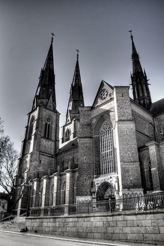 Uppsala. Fachada lateral de la catedral.