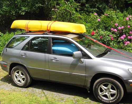Kayak on top of new car