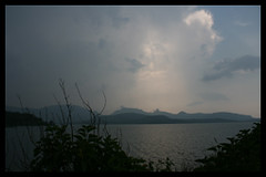 Kingdom of Heaven (Jeet Ghosh) Tags: india lake mountains heaven ilp maharashtra kingdomofheaven jeet bhandardara