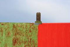 Borderline of green and a red roof (thorrisig) Tags: roof red chimney sky green geometric colors composition iceland construction rust rusty forms vestmannaeyjar ísland westmanislands rautt geometria þorri thorri himinn þak dorres ryð litir rauður grænt grænn strompur riðgað vestmannaeyjabær sigurgeirsson þorfinnur reykháfar húsþök reykháfur thorfinnur thorrisig þorrisig thorfinnursigurgeirsson húsþak townofwestmanislands