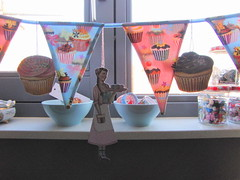 Amazing ornaments by Jenny & Aaron ~everyday is a holiday~ (Lil*Miss*Cupcake) Tags: ornament cupcake everydayisaholiday