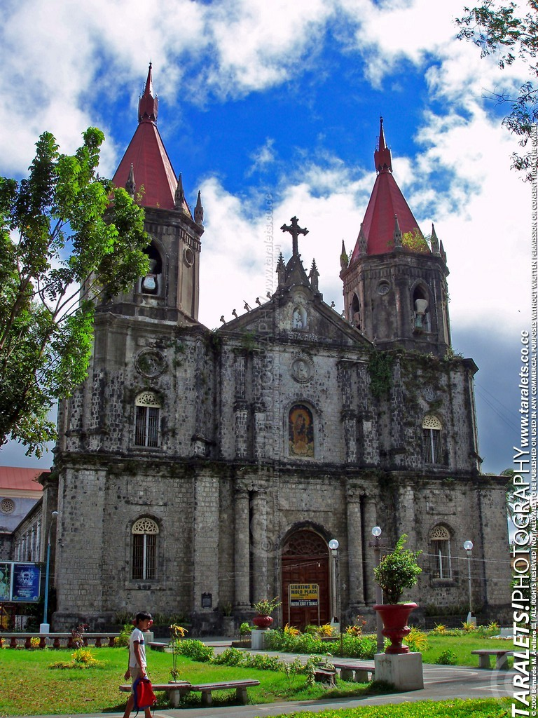 3254371983_4c9d67a691_o - The Picturesque Churches of Iloilo - Philippine Photo Gallery