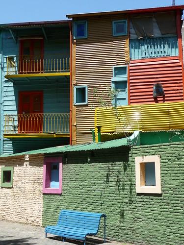 Le case che danno su Caminito, nel quartiere di La Boca a Buenos Airos