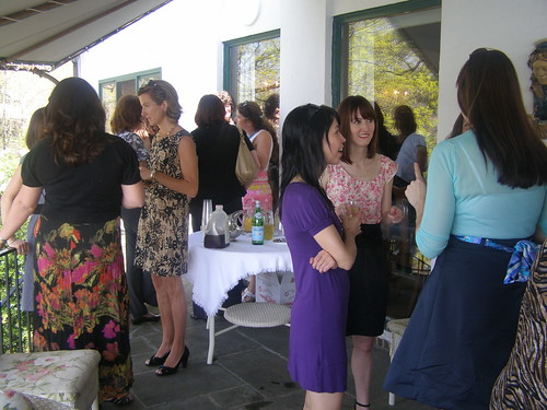 Everyone out on the terrace -- with mimosas!