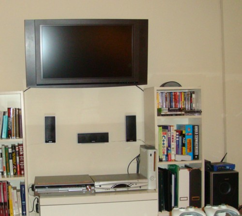 32in TV + 3D wall mount + Sony Bravia 5.1 Home Theater - $399 by movingnycpics