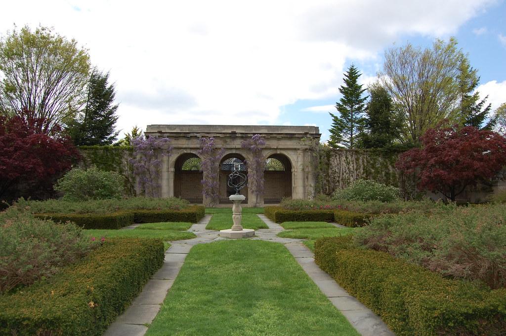 George  Eastman  House - West  Garden