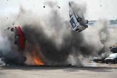 [フリー画像] [自動車] [爆発/爆破] [対テロ訓練] [スペイン風景]       [フリー素材]