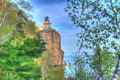 Split rock Lighthouse (WorldofArun) Tags: statepark park trip travel light summer lighthouse house lake nature up minnesota 30 landscape drive coast high nikon scenery waterfront dynamic state north shoreline scenic may superior fresh greatlakes shore planet multiple coastline upnorth duluth 2009 hdr highdynamicrange mothernature twoharbors memorialday exposures cascaderange splitrock 18200mm photomatix nikond40x yenumula worldofarun arunyenumula