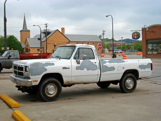 truck 4x4 dodge d250