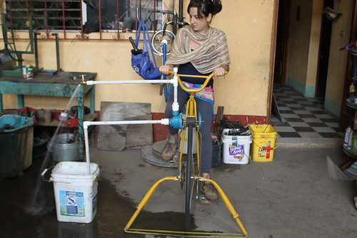 Small bike water pump in action