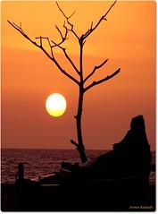 The Boat and the sea.... (aroon_kalandy) Tags: light sunset sea india nature beauty creativity boat adobephotoshop artistic sony awesome naturelovers calicut h50 topshots beautifulshot anawesomeshot malayalikkoottam sonyh50 aroonkalandy