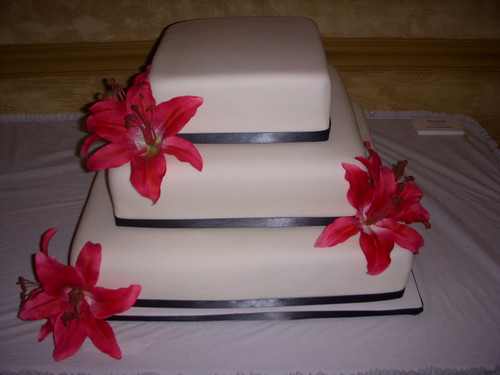 stargazer lily wedding. Stargazer lily wedding cake